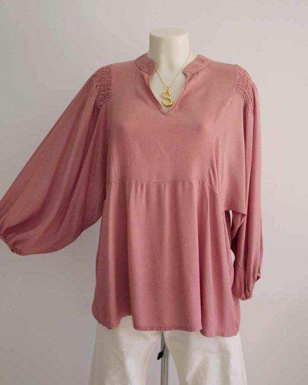 blusón rosa amplio